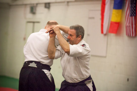 Shihan David Applying Shionage during a class